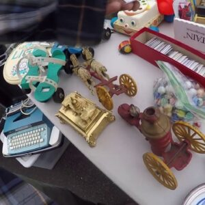 Flea market picking! Bought a few antiques and treasures!