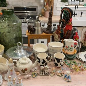 Huge Thrift Haul With Collectibles!