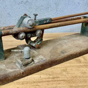 Vintage Tile Cutter Restoration