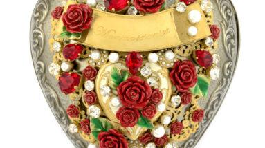 dolce gabbana heart clutch